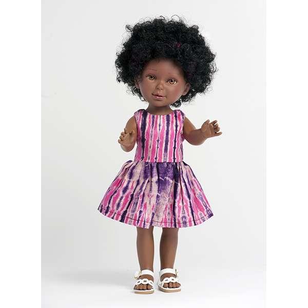 Poupée noire avec cheveux boucles et robe en tissu africain