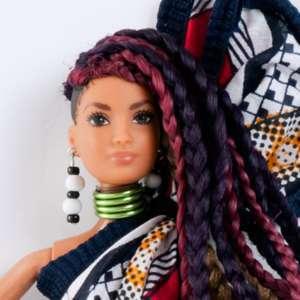 Poupée mannequin noire style Poupée-mannequin-africaine-style-barbie