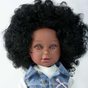 Keyana magnifique poupée africaine avec cheveux bouclés
