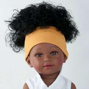 Rokhaya suberbe poupée noire aux cheveux frisés